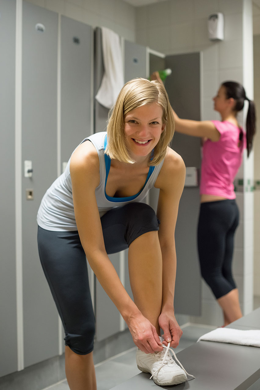 Фото девушки в раздевалке фитнес клуба 11 фотография