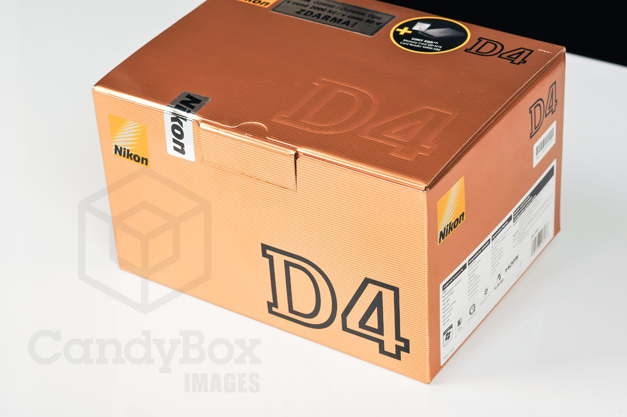 Nikon D4 unboxing